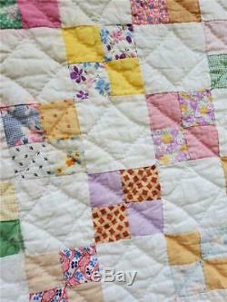 (266) SUPER BEAUTIFUL Vintage Quilt 4 FOUR PATCH with BORDER Handmade Feed Sack