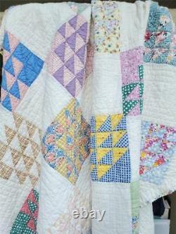 (372) WONDERUL & UNIQUE Vintage Quilt HOVERING HAWKS VARIATION Handmade