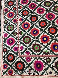 61 X 87uzbek Vintage Large Walldecor Quilt Bedding Handmade Embroidery Suzani