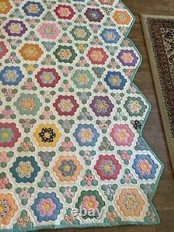 93 x 71 Antique Grandmother's Flower Garden handmade quilt scalloped edge twin