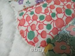 Antique Vintage Dresden Plate Quilt Large handmade hand stitched 94x76 NICE