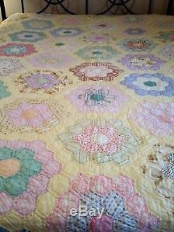 Antique Vintage Handmade Patchwork Quilt Hexagon Grandmothers Flower Garden