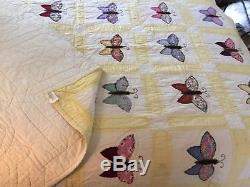 Beautiful Vintage 1940 Handmade Butterfly Appliqué & Embroidered Quilt