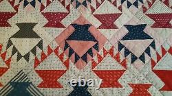 HAND SEWN QUILT VINTAGE ANTIQUE HAND MADE 72 x 92 BEAUTIFUL BASKETS PATTERN