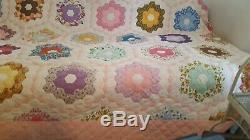 HAND SEWN QUILT VINTAGE ANTIQUE QUILT HAND MADE 84 x 96 FLOWER GARDEN QUILT