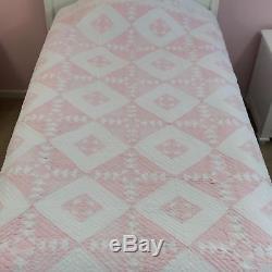 Omg Artist Signed Vintage Handmade Diamond Quilt Bedspread Blanket Coverlet King
