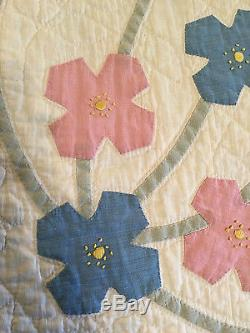 REDUCED Vintage Applique Hand Made Quilt Hand Quilted 1930's Large 78 x 86