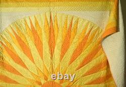 SPECTACULAR, Well Quilted Vintage 30's Rising Sun Compass Antique Quilt
