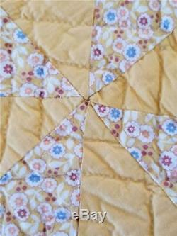 Stunning Vintage Quilt Handmade Pinwheel In Goldenrod & Yellow Reversible