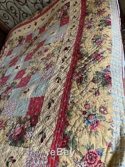 VINTAGE Granny Rose GARDEN Patchwork Handmade American Quilt King Blanket USA