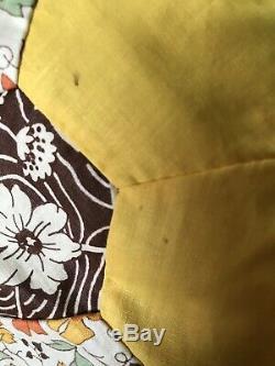VINTAGE HANDMADE GRANDMOTHER'S FLOWER GARDEN COTTON QUILT TOP 92 BY 74Yellow