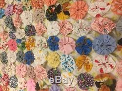 VINTAGE Hand Made Multicolor Yo-Yo Patchwork Quilt Bedspread