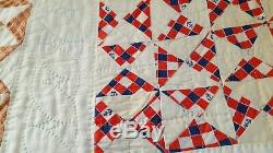 VINTAGE Handmade Quilt, White w multi colored triangle squares in the middle