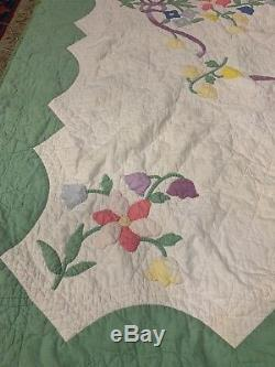 VINTAGEAMISH QUILT HANDMADE 72 X 85 Floral