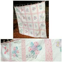 VTG 50's Country Chic Pink Handmade Quilt Flower Design 70 x 65 Heavy Weight