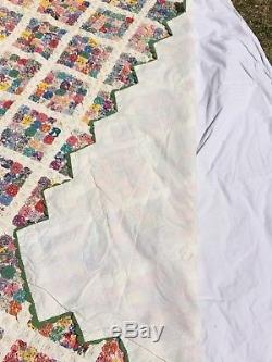 Vintage 1930's Handmade Yo Yo Bedspread Lined 79 x 82