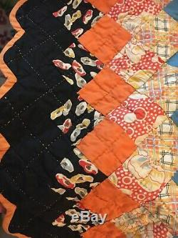 Vintage 1930s Quilt HANDMADE HAND QUILTED Around The World 101x101 Full Queen