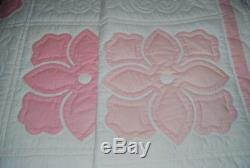 Vintage AMISH Handmade IVORY & PINK FLORAL QUILT, 88 by 100 Shabby Chic EUC