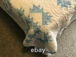 Vintage Amish Handmade Full Sized Quilt 84 x 82
