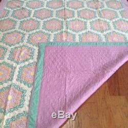 Vintage Antique Flower Garden Handmade Hand Sewn Quilted Quilt-Size 90X 75