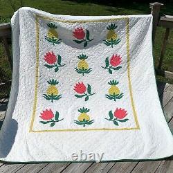 Vintage Applique Quilt Handmade Hand Stitched Pineapple Flower Motif 88x75