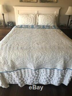 Vintage Blue White & Multi Colored Dresden Plate Hand Made Quilt 92 X 77 5 Star