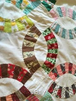 Vintage Double Wedding Ring Quilt Top Handmade Machine Sewn Colorful 72x92
