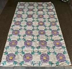 Vintage Estate Found Handmade Quilt