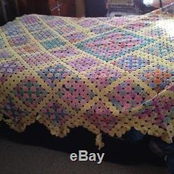 Vintage Feedsack Yoyo Suffolk Puffs Handmade Quilt Top 98 X 86 Bed Spread Rare
