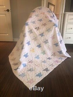 Vintage Flour Sack Fabric Flower Basket Hand Made Quilt 74 X 66 5 Stars