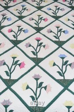 Vintage Hand Made Carolina Lily Bed Quilt 100 X 80 Hand Quilted Hand Appliqued