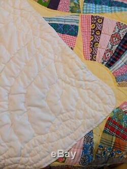 Vintage Hand Made Hand Stitched Hand Sewn Quilted Quilt Fan Pattern 78 x 91