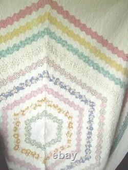 Vintage Hand Made Quilt Machine Stitched 101 x 84 Multi-Color Spiral Design