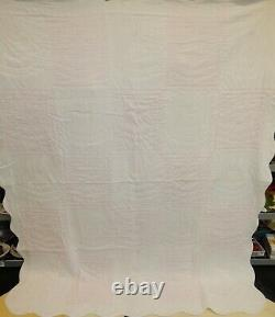 Vintage Hand Made Sunbonnet Sue Southern Belle Quilt 90x76