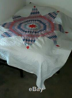Vintage Handmade And Hand Sewn Lone Star Quilt Red, White And Blue