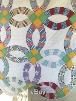 Vintage Handmade Double Wedding Ring Quilt 71x83 Patchwork Photography