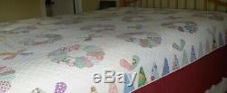 Vintage Handmade Dresden Plate Quilt Feedsack Fabric 88 x 70