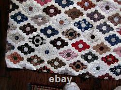 Vintage Handmade Hand Sewn Quilt Top Diamond Pattern Thousands 1 Mini Hexagons