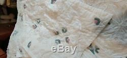 Vintage Handmade Quilt All White Fine Elegant Trim Design Wedding Ring Stitched