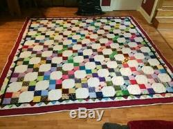 Vintage Handmade Quilt, Excellent condition, Amish made
