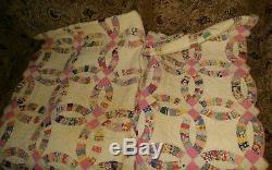 Vintage Handmade Quilt Full Size. Wedding Ring Design! Estate Find