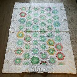 Vintage Handmade Quilt Grandmother's Flower Garden Hand Sewn Feedsack 82x61 1of2