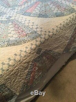 Vintage Handmade Quilt White And Blue Fabric Good Condition