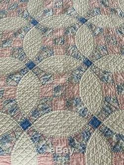 Vintage Handmade White And Pink Wedding Ring Cotton Quilt