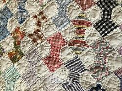 Vintage Handmade White Cotton Bowtie Pattern Quilt 82 x 62