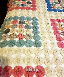 Vintage Handmade Yo Yo Coverlet Quilt queen yoyo pink blue bed cover 86 x 101
