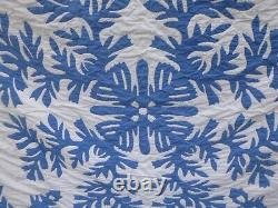 Vintage Hawaiian Blue White Cotton Quilt 76 x 88