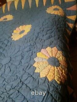 Vintage Louisiana Handmade Feed Sack Quilt Starburst 78x74 Beautiful