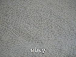 Vintage Quilt Handmade 1930-1950 beautiful pattern 72 x 82