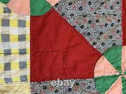 Vintage Quilt Pin Wheel 72x84 Hand Quilted Great Fabric Cutter Display Repurpose
